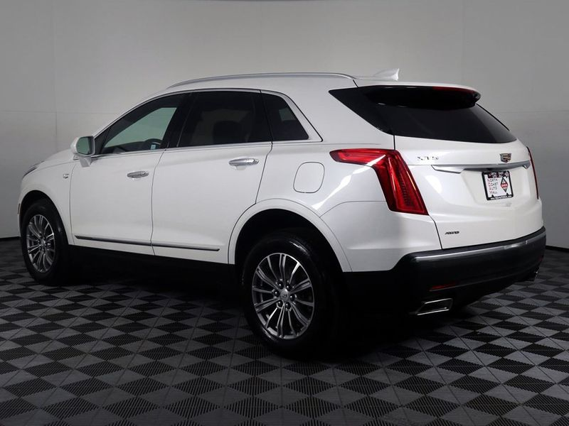 2017 Cadillac XT5 Luxury AWD  city Ohio  North Coast Auto Mall of Cleveland  in Cleveland, Ohio