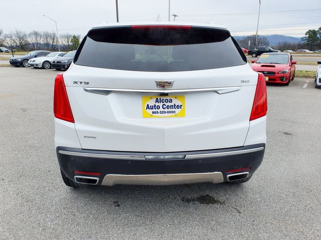 2017 Cadillac XT5 Platinum AWD w/Automated Parking in Louisville, TN 37777