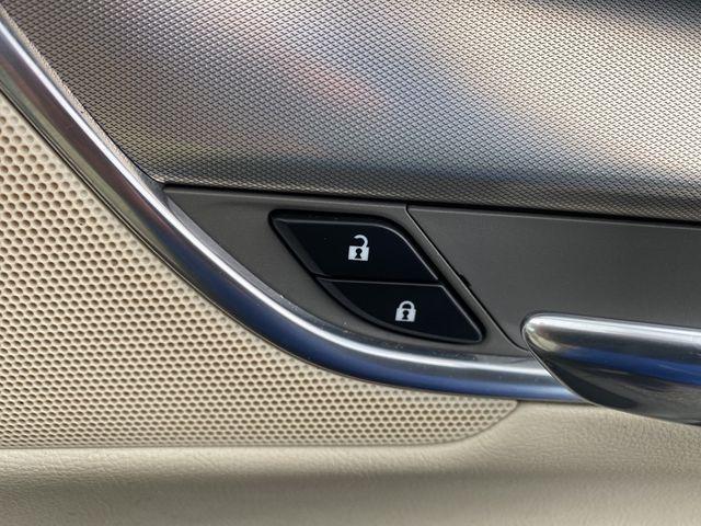 2017 Cadillac XT5 Luxury FWD Madison, NC 16