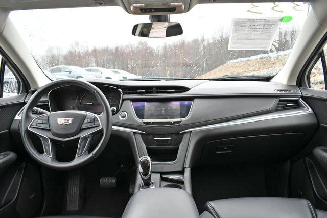 2017 Cadillac XT5 Luxury AWD Naugatuck, Connecticut 17