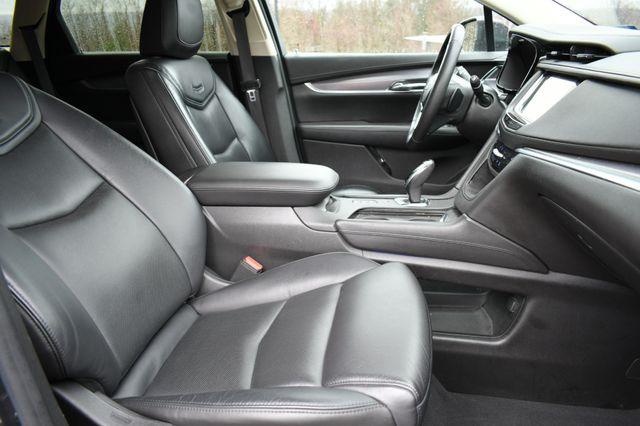 2017 Cadillac XT5 Luxury AWD Naugatuck, Connecticut 9