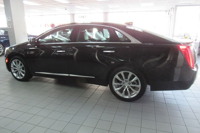 2017 Cadillac XTS Luxury W/ NAVIGATION SYSTEM/ BACK UP CAM Chicago, Illinois 3