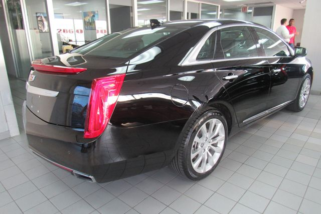 2017 Cadillac XTS Luxury W/ NAVIGATION SYSTEM/ BACK UP CAM Chicago, Illinois 5