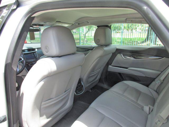 2017 Cadillac XTS Luxury Miami, Florida 10