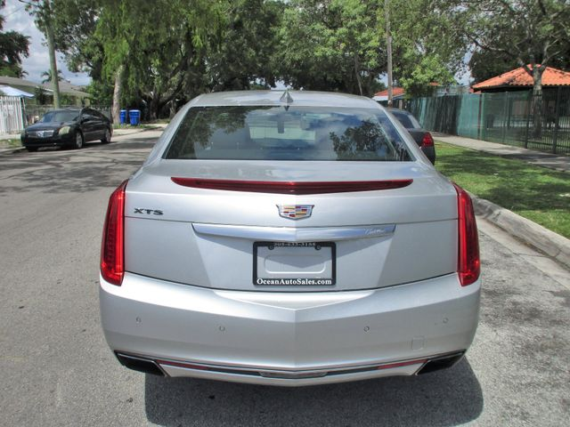 2017 Cadillac XTS Luxury Miami, Florida 3