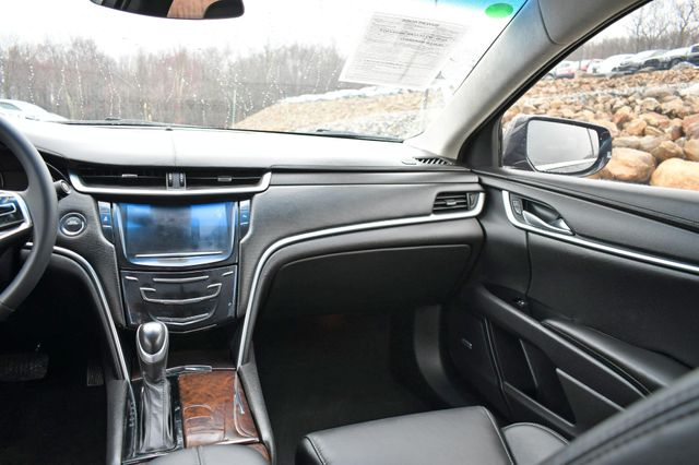 2017 Cadillac XTS Livery Package Naugatuck, Connecticut 17