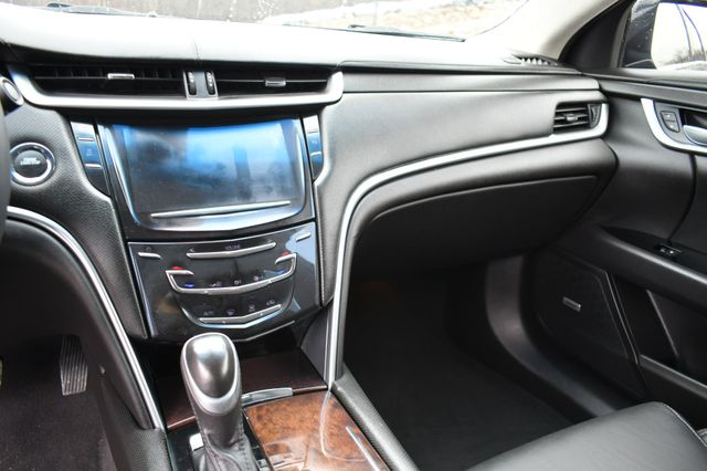 2017 Cadillac XTS Livery Package Naugatuck, Connecticut 21
