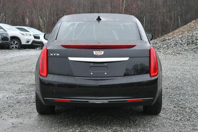 2017 Cadillac XTS Livery Package Naugatuck, Connecticut 3