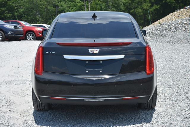 2017 Cadillac XTS Professional Livery Package Naugatuck, Connecticut 3