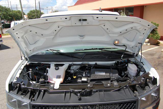 2017 Chevrolet 12 Pass. LT Charlotte, North Carolina 18