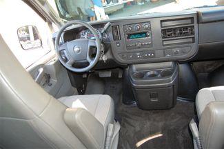 2017 Chevrolet 12 Pass. LT Charlotte, North Carolina 14