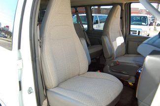 2017 Chevrolet 12 Pass LT Charlotte, North Carolina 7
