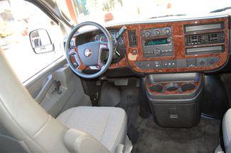 2017 Chevrolet 12 Pass LT Charlotte, North Carolina 14