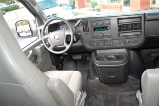2017 Chevrolet 12 Pass LT Charlotte, North Carolina 15