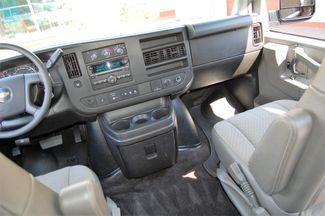 2017 Chevrolet 15 Pass. LT Charlotte, North Carolina 14