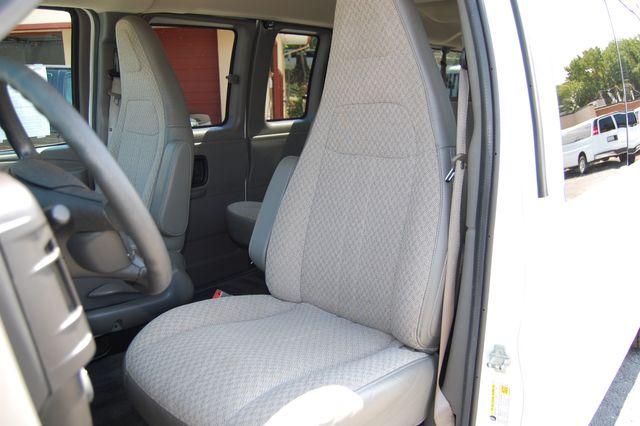 2017 Chevrolet 15 Pass. LT Charlotte, North Carolina 5