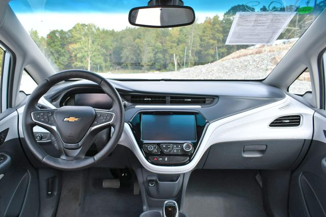 2017 Chevrolet Bolt EV LT Naugatuck, Connecticut 17