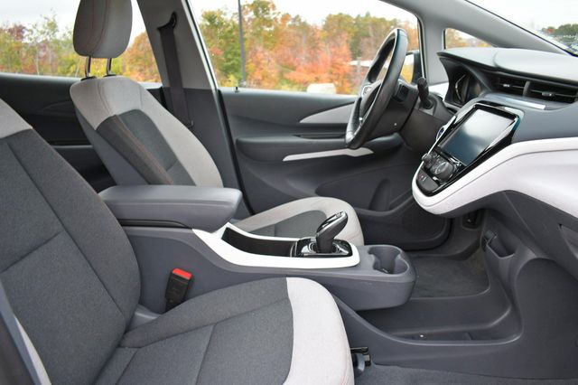 2017 Chevrolet Bolt EV LT Naugatuck, Connecticut 9