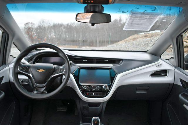 2017 Chevrolet Bolt EV LT Naugatuck, Connecticut 17