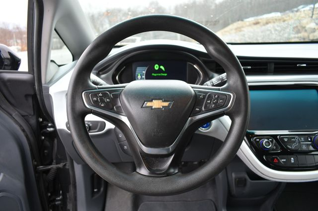 2017 Chevrolet Bolt EV LT Naugatuck, Connecticut 21