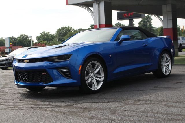 2017 Chevrolet Camaro SS / 2SS - CERAMIC WHITE LEATHER - MAG RIDE! Mooresville , NC 24