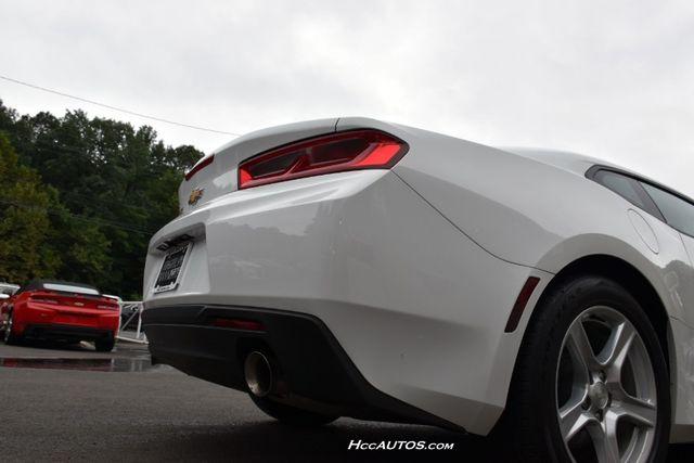 2017 Chevrolet Camaro LT Waterbury, Connecticut 10