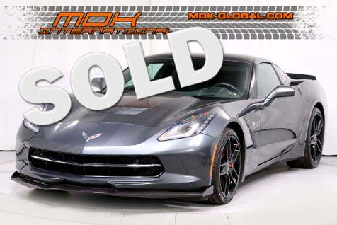 2017 Chevrolet Corvette Z51 3LT - Carbon fiber hood / roof / spoiler in Los Angeles