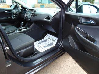 2017 Chevrolet Cruze LT Alexandria, Minnesota 23