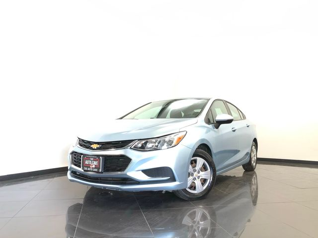 2017 Chevrolet Cruze *Drive TODAY & Make PAYMENTS* | The Auto Cave in Dallas