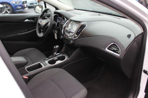 2017 Chevrolet Cruze LT   Granite City, Illinois   MasterCars Company Inc. in Granite City, Illinois