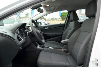 2017 Chevrolet Cruze LT Hialeah, Florida 10