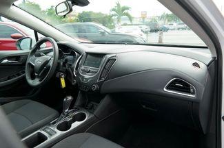 2017 Chevrolet Cruze LT Hialeah, Florida 41