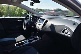2017 Chevrolet Cruze LS Naugatuck, Connecticut 9