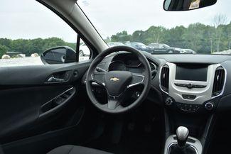 2017 Chevrolet Cruze LS Naugatuck, Connecticut 13