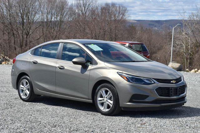 2017 Chevrolet Cruze LT Naugatuck, Connecticut 6