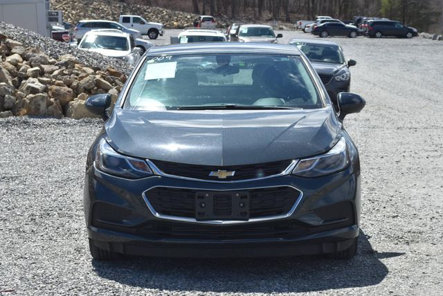 2017 Chevrolet Cruze LT Naugatuck, Connecticut 7