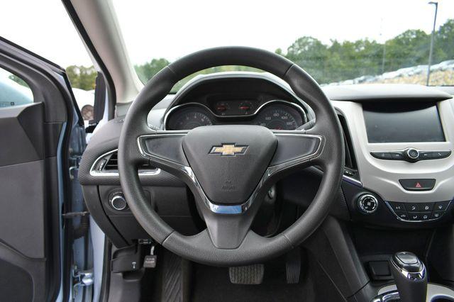 2017 Chevrolet Cruze LS Naugatuck, Connecticut 20