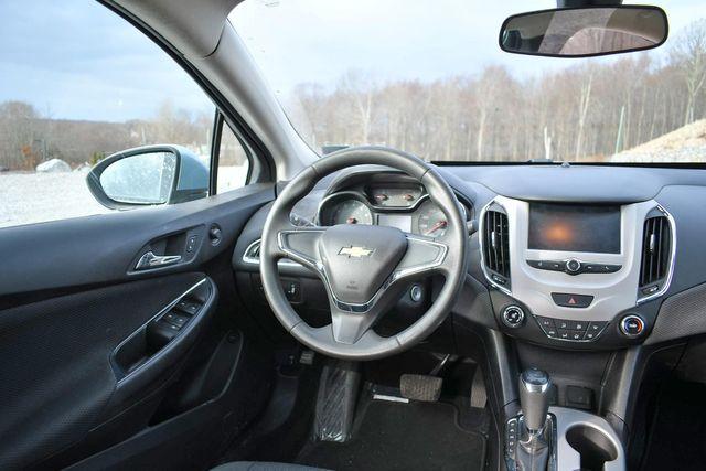 2017 Chevrolet Cruze LS Naugatuck, Connecticut 12