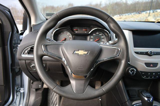 2017 Chevrolet Cruze LS Naugatuck, Connecticut 16