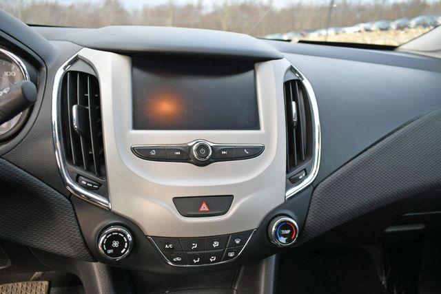 2017 Chevrolet Cruze LS Naugatuck, Connecticut 17