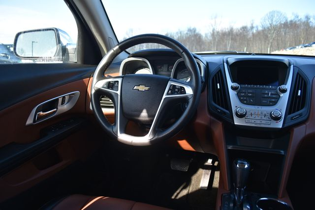 2017 Chevrolet Equinox Premier Naugatuck, Connecticut 15