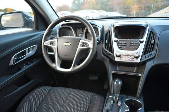 2017 Chevrolet Equinox LT Naugatuck, Connecticut 15
