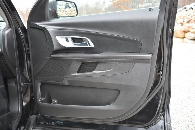 2017 Chevrolet Equinox LS Naugatuck, Connecticut 10