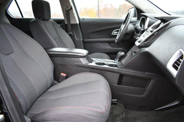 2017 Chevrolet Equinox LS Naugatuck, Connecticut 9