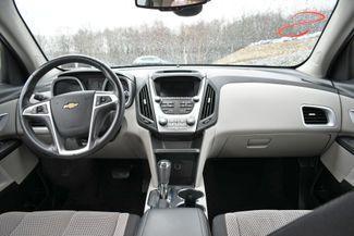 2017 Chevrolet Equinox LT Naugatuck, Connecticut 17