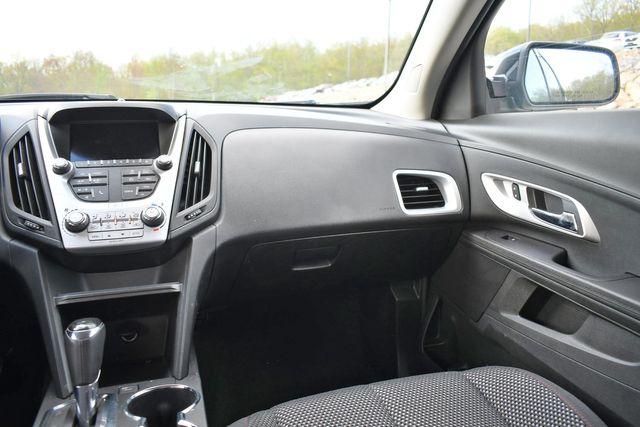 2017 Chevrolet Equinox LT Naugatuck, Connecticut 18
