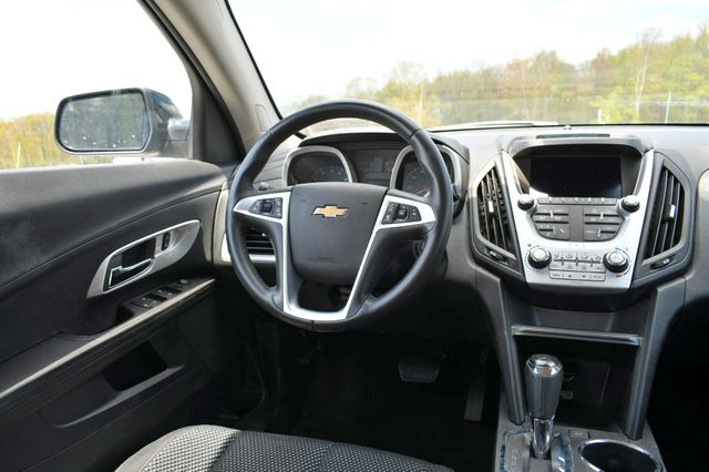 2017 Chevrolet Equinox LT Naugatuck, Connecticut 11