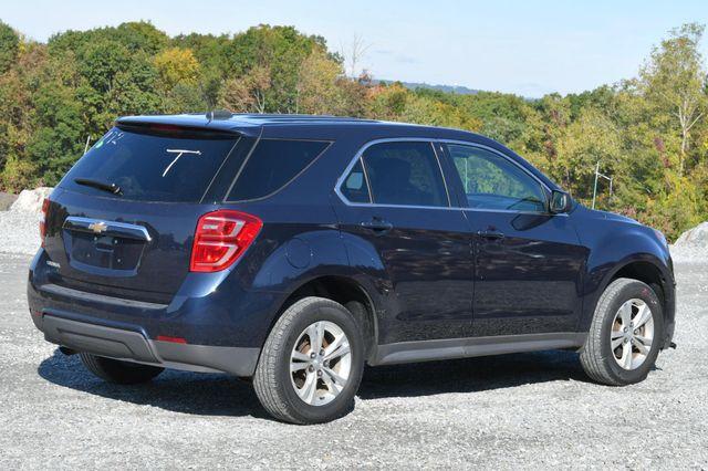 2017 Chevrolet Equinox LS Naugatuck, Connecticut 4