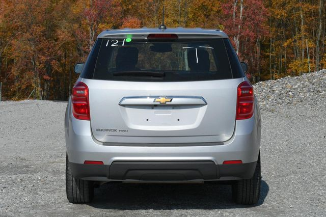 2017 Chevrolet Equinox LS Naugatuck, Connecticut 3