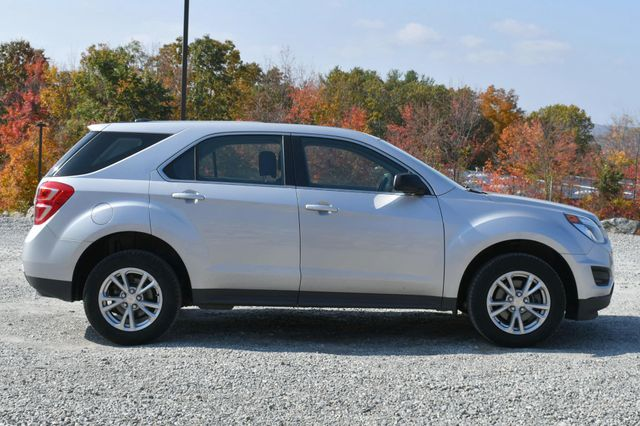 2017 Chevrolet Equinox LS Naugatuck, Connecticut 5